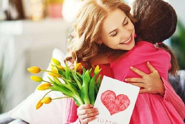 Творчі завдання для дітей до Дня матері