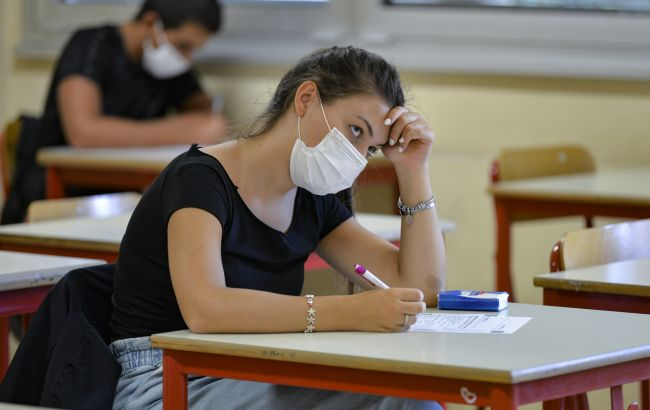 Назад у школу. Чи зможуть діти в Україні навчатися, як до карантину