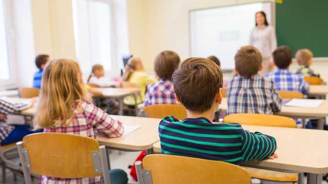 Чому дитина не хоче ходити до школи: 3 поширені причини та як їх позбутися