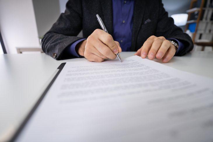 Президент підписав закон про відтермінування реформування санаторних шкіл