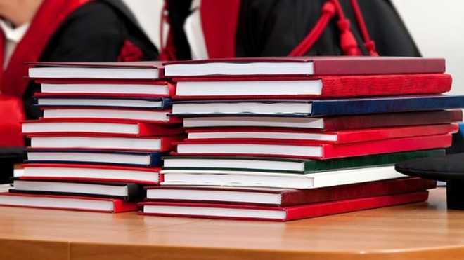 """""""Дипломні на замовлення йдуть у минуле"""": у Раді готують важливий закон"""