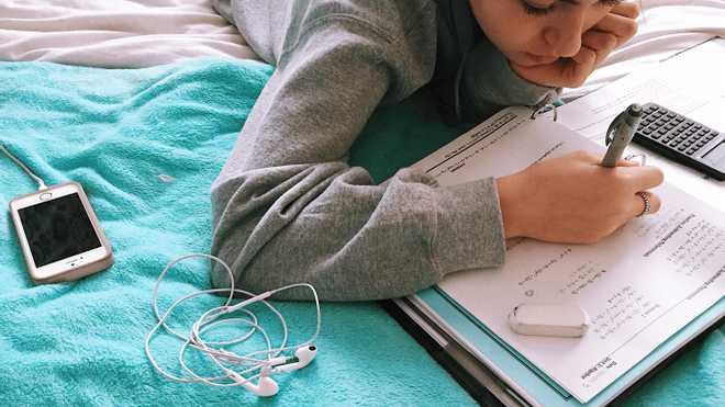 Припинення вивчення математики негативно впливає на мозок та когнітивний розвиток учнів, – вчені