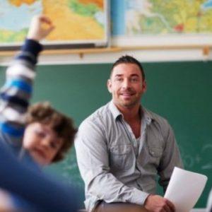 Домашнє завдання на літо зробило італійського вчителя всесвітньо відомим