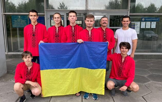 Зі 107 країн світу школярі з України посіли шосте місце на Міжнародній олімпіаді з математики