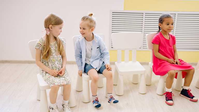 Діти мають бути щасливі і знати англійську: як навчають малюків у садочках Сінгапуру
