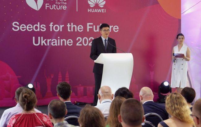 В Україні стартував освітній проект від Huawei: чим він корисний студентам