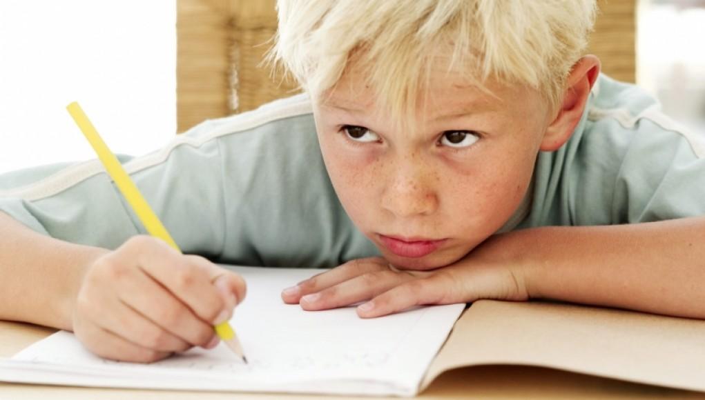 Про що розповідає дитячий почерк і що робити з каракулями