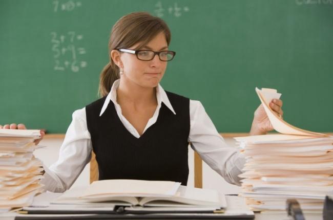 Як дізнатись, чи готова дитина самостійно виконувати домашні завдання, та як привчити її до цього?