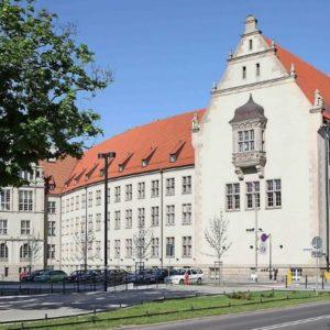 Вартість навчання в університетах Польщі: скільки коштує освіта в  Європі