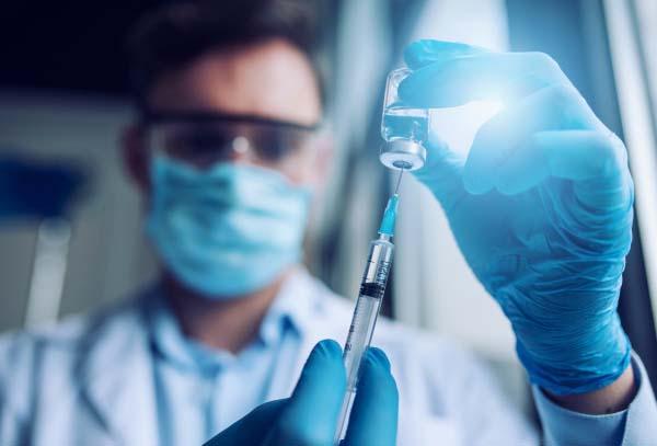 Невеликий бонус: у МОЗ підготували подарунок для вакцинованих