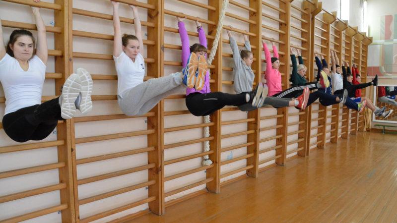 У школах України запропонували скасувати уроки фізкультури: Комаровський назвав альтернативу