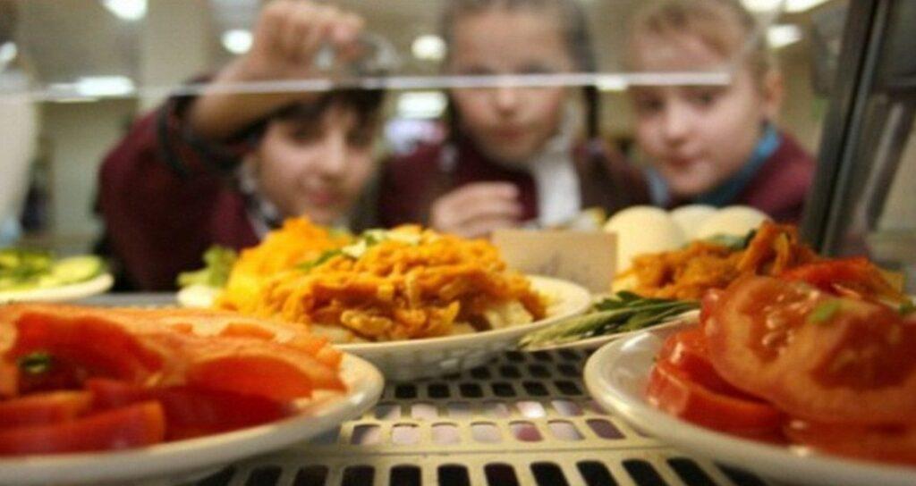 7% перевірених продуктів, що постачалися у заклади освіти, мали відхилення за мікробіологічними показниками