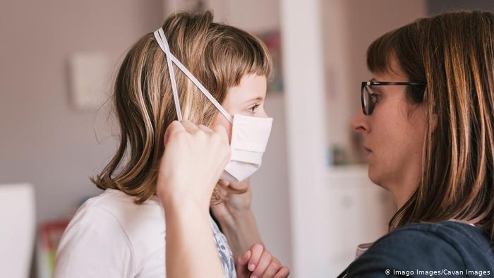 Дітям з COVID-19 загрожує небезпечний синдром: як їх убезпечити і чи потрібно закривати школи