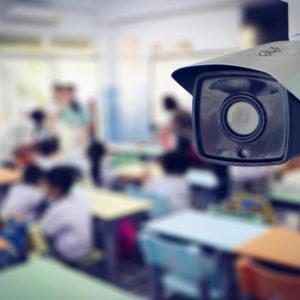 Чи можуть батьки встановити відеоспостереження у класі, де вчиться їхня дитина?