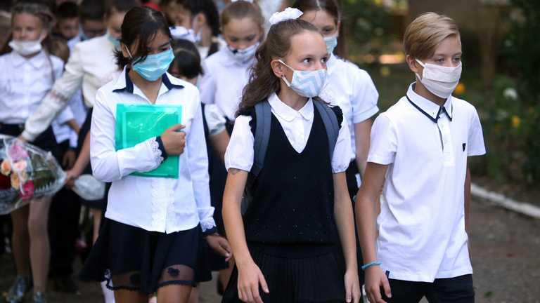 Нікого насильно не примушуємо, – у КМДА відповіли, що буде з вчителями, які не вакцинуються