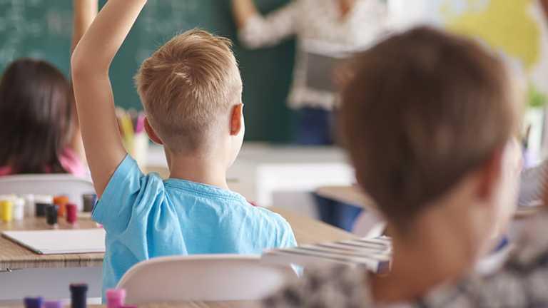 Струс мозку на уроці: під Дніпром вчитель не зважав на постраждалого школяра