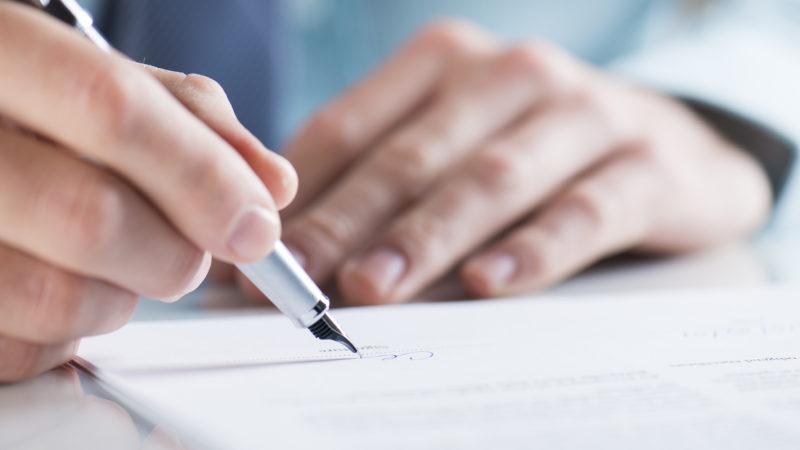 Звільнення за власним бажанням без відпрацювання: юристи роз'яснили, в яких випадках це можливо