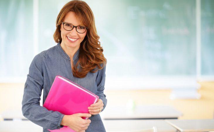 Як має оплачуватись робота асистента вчителя у групах подовженого дня?